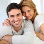pareja sonriente psicologos vigo